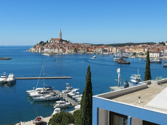 Hotel Park : The harbor and view of old town Rovinj