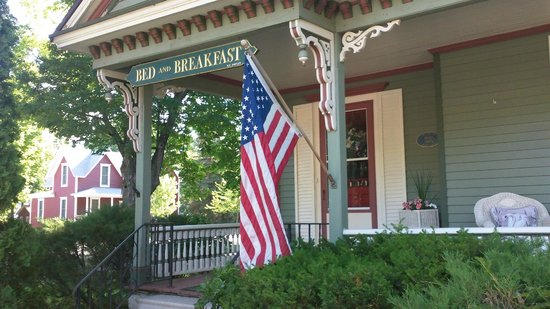 White Swan Inn Bed & Breakfast: Welcome to White Swan Inn