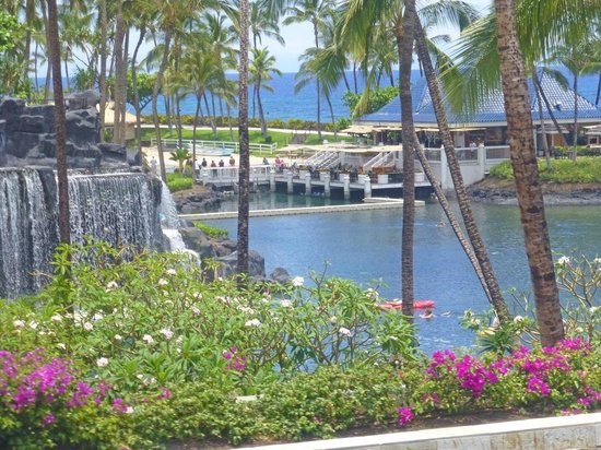 Kohala Suites by Hilton Grand Vacations: Part of the Lagoon at the Hilton Hotel