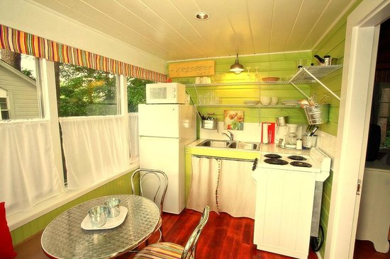 The Cottages of Wolfeboro: European Light and Airy Summer Kitchen