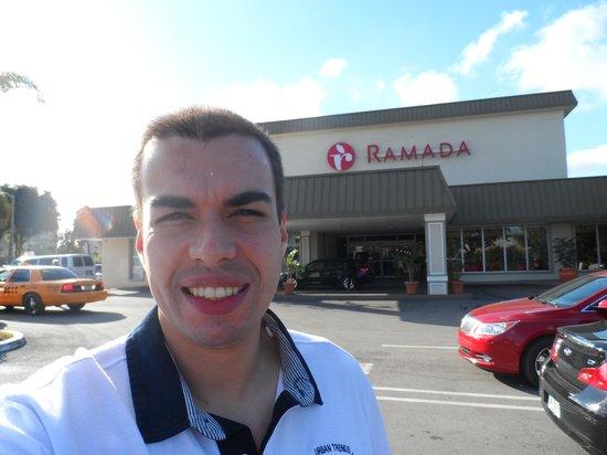 Ramada Hialeah/Miami Airport: Fachada do Hotel Ramada