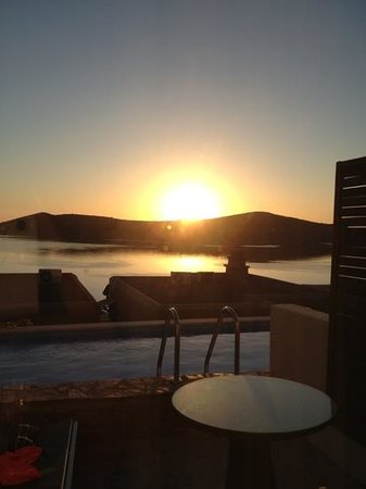 SENTIDO Elounda Blu: sunrise at 6am