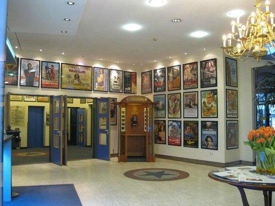 Hollywood Media Hotel : Reception area
