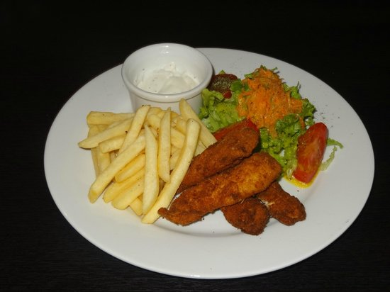 Latacunga, Ecuador: Chicken fingers