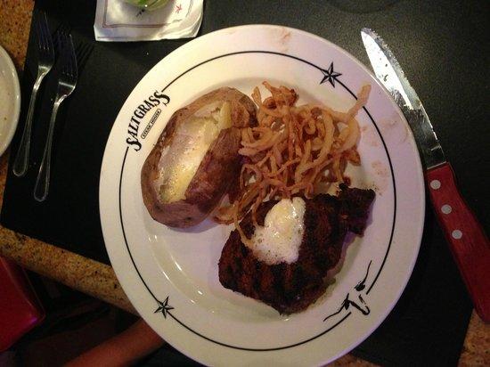 Saltgrass Steak House : Maudeen's Center Cut Filet