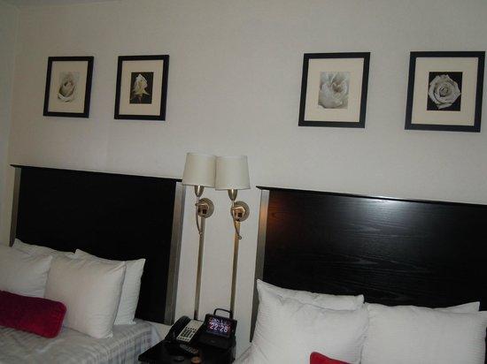 36 Hudson Hotel: Beds