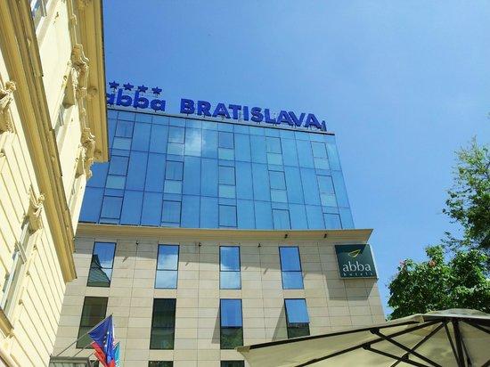 LOFT Hotel Bratislava: Front of Hotel