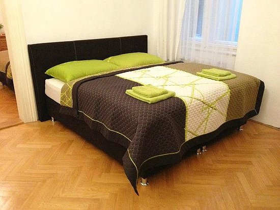 Your Apartments: King size double bed