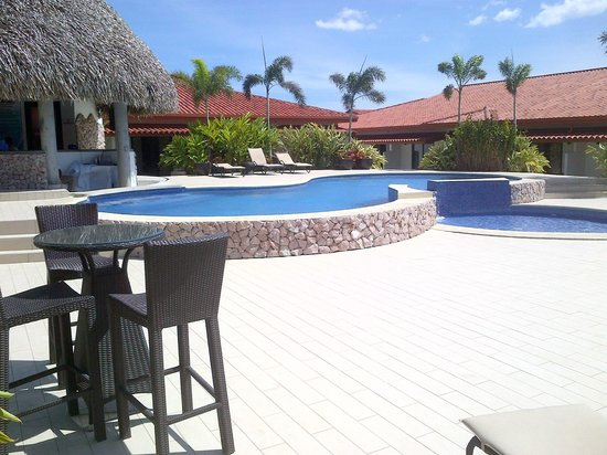 Hotel Cocle: Piscina y Salon la Pintada