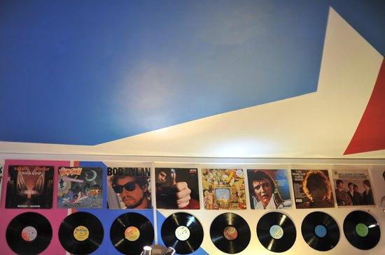 Su Casa Coffee House: Vinyls