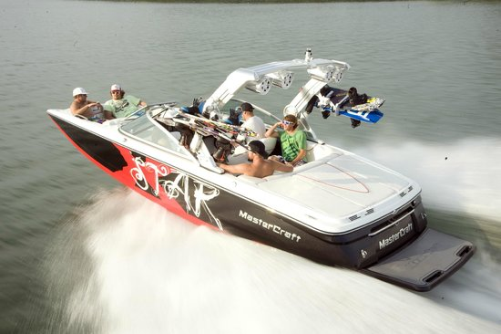 Invert Sports  Boat Day Tours: Boat Rentals
