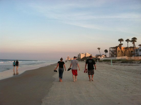 Best Western Castillo Del Sol: beautiful sunset beach walks