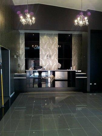 Heartland Hotel Croydon: Reception