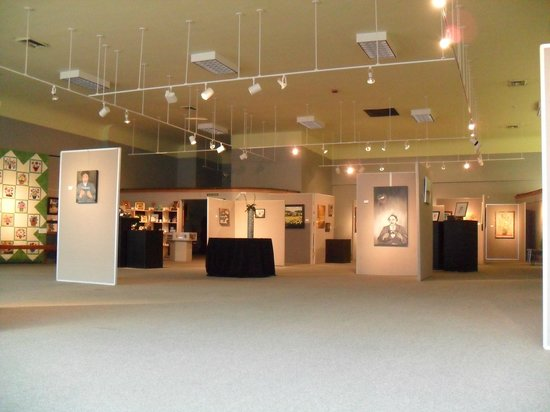 Columbus Arts Council - Rosenzweig Arts Center: Gallery Space