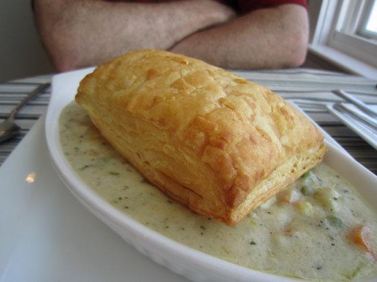 Cape House Restaurant: Pheasant Pot Pie!