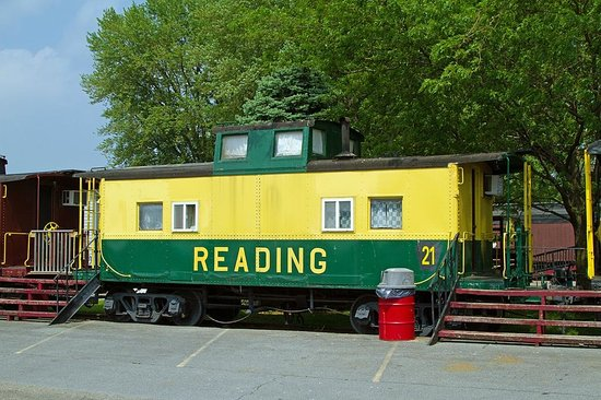 Red Caboose Motel, Restaurant & Gift Shop: The Reading caboose we stayed in