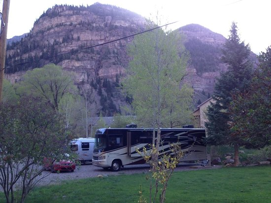 4J+1+1 RV Park: View of our campsite from the shower room.
