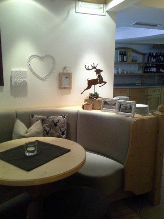 Hotel Innerhofer: tavolo per la merenda o il dopocena