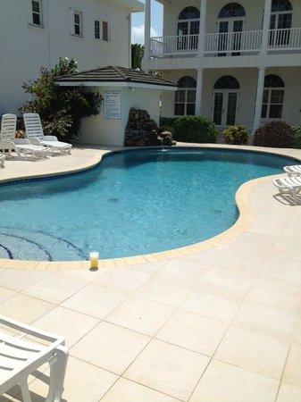 Tara del Sol: Pool