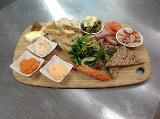 Pier01 Restaurant & Cafe: Share Plate