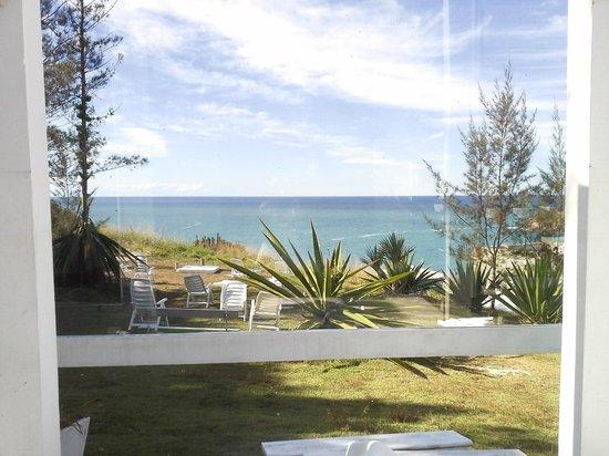 Brava Hotel: Área do hotel com vista para o mar