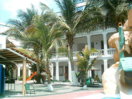 Aguamarina : vista del hotel