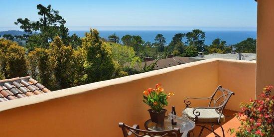 Horizon Inn & Ocean View Lodge: Premiere Ocean View Room with Patio