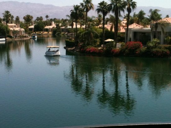 The Chateau at Lake La Quinta: Lake View from balcony of Room 9