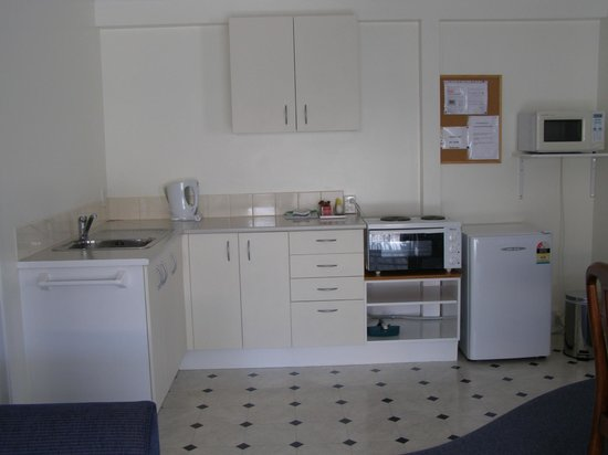 Pioneer Motels: 3 bedrrom unit with fully kitchen facilities