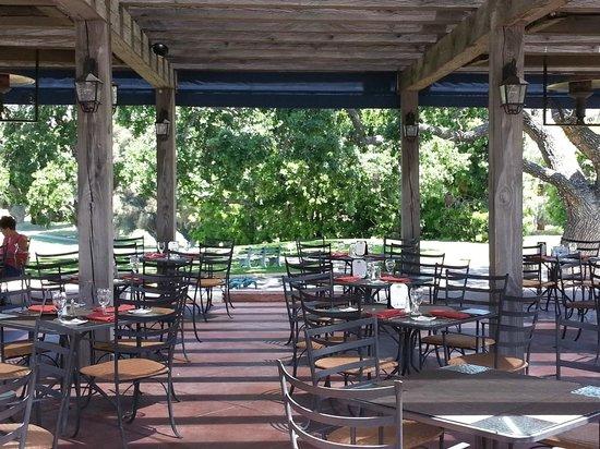 Luxury Hotels Ojai Valley Inn Spa: Oak Grill Patio