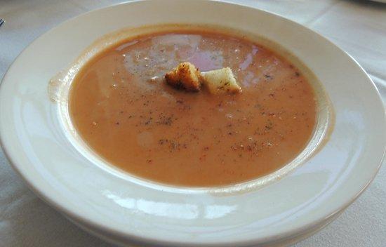 Piropos Restaurant: Delicious Crab Bisque