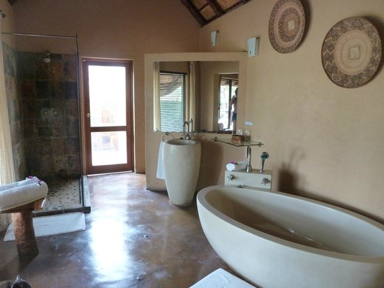 Nkorho Bush Lodge: Chalet 5