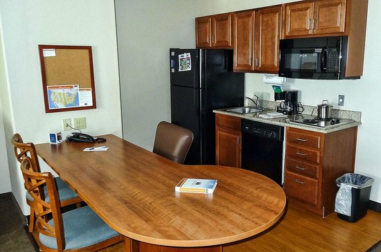 Candlewood Suites Roswell New Mexico: Full Kitchen
