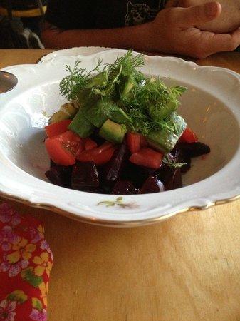WoodSpoon : Fresh Beet Salad