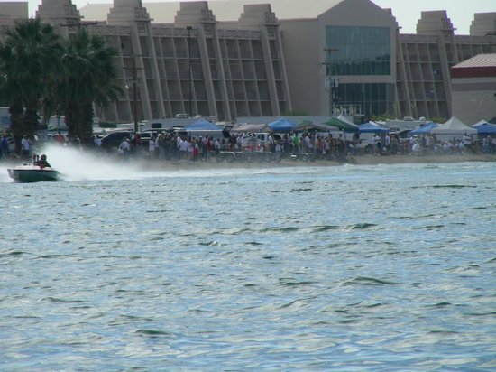 BlueWater Resort and Casino: Boat Races
