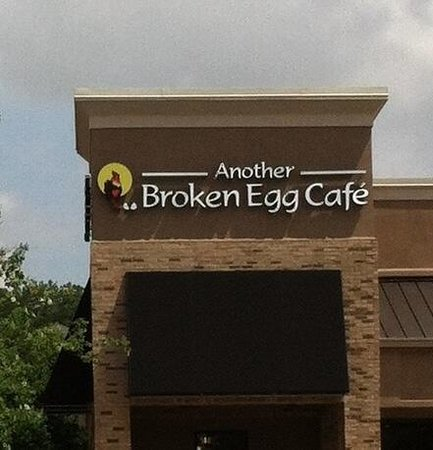 Another Broken Egg Cafe: The Dunwoody location.