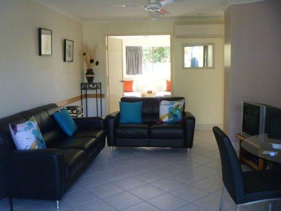 Weyba Gardens Resort Noosa: Lounge room