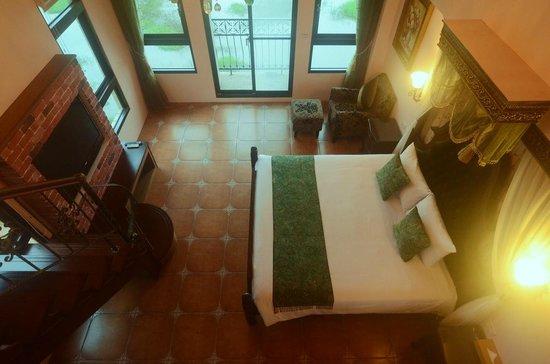 Full Sweet Inn : Duplex Room for Four