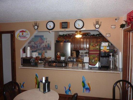 Super 8 Las Vegas: Breakfast/Dinner area