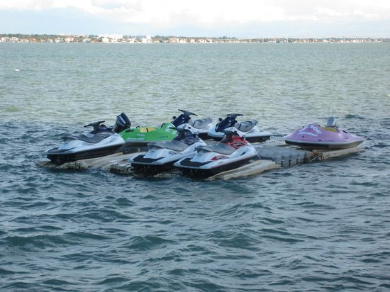 Clearwater Beach Marriott Suites on Sand Key: Rent Waverunners on Dock Behind Hotel!