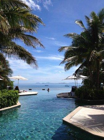 Likuliku Lagoon Resort: The resort pool