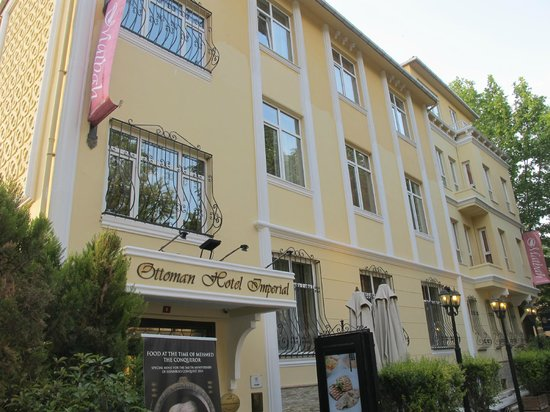 Ottoman Hotel Imperial: Fachada