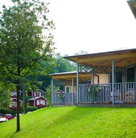 Lisebergsbyns Bed & Breakfast : Många av rummen har egen möblerad uteplats