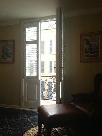 Hotel Mazarin : the balcony doors