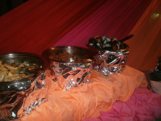 Kalinga Bar and Restaurant: meat