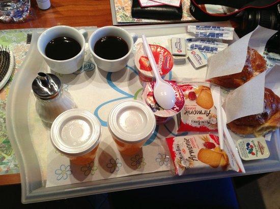 Hotel dell'Urbe: Breakfast