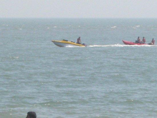 Paramount Beach Resort : Nagoa water sport