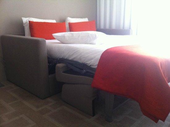 Hipark Marseille : un canapé lit à la place d'un lit...