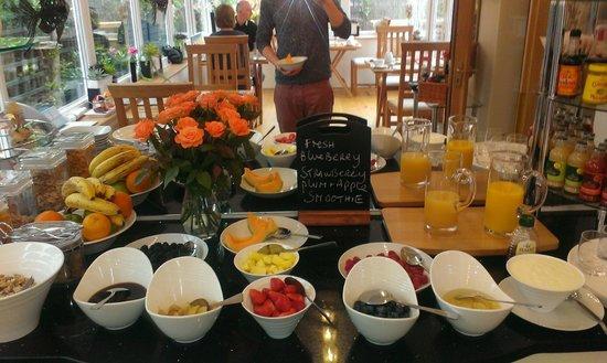 Bed & Breakfast by the Beach: Help yourself breakfast...