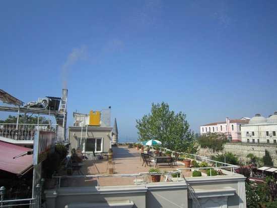 Hotel Yunus Emre: vue de la terrasse